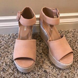 Soda wedge sandals